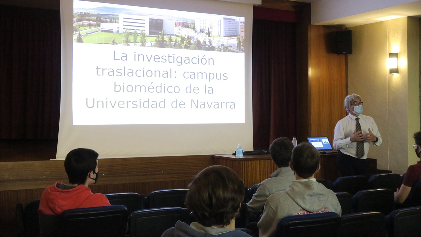 Presentación del Dr. Pérez-Mediavilla