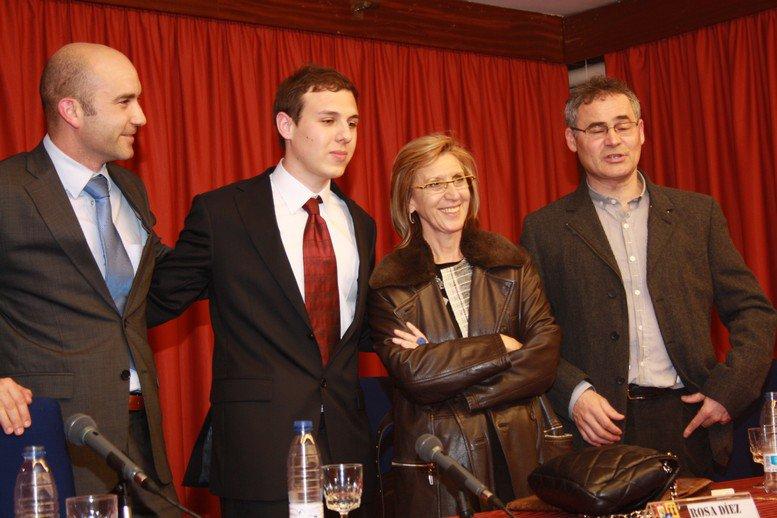 El periodista Carlos Larroy con la política Rosa Díez