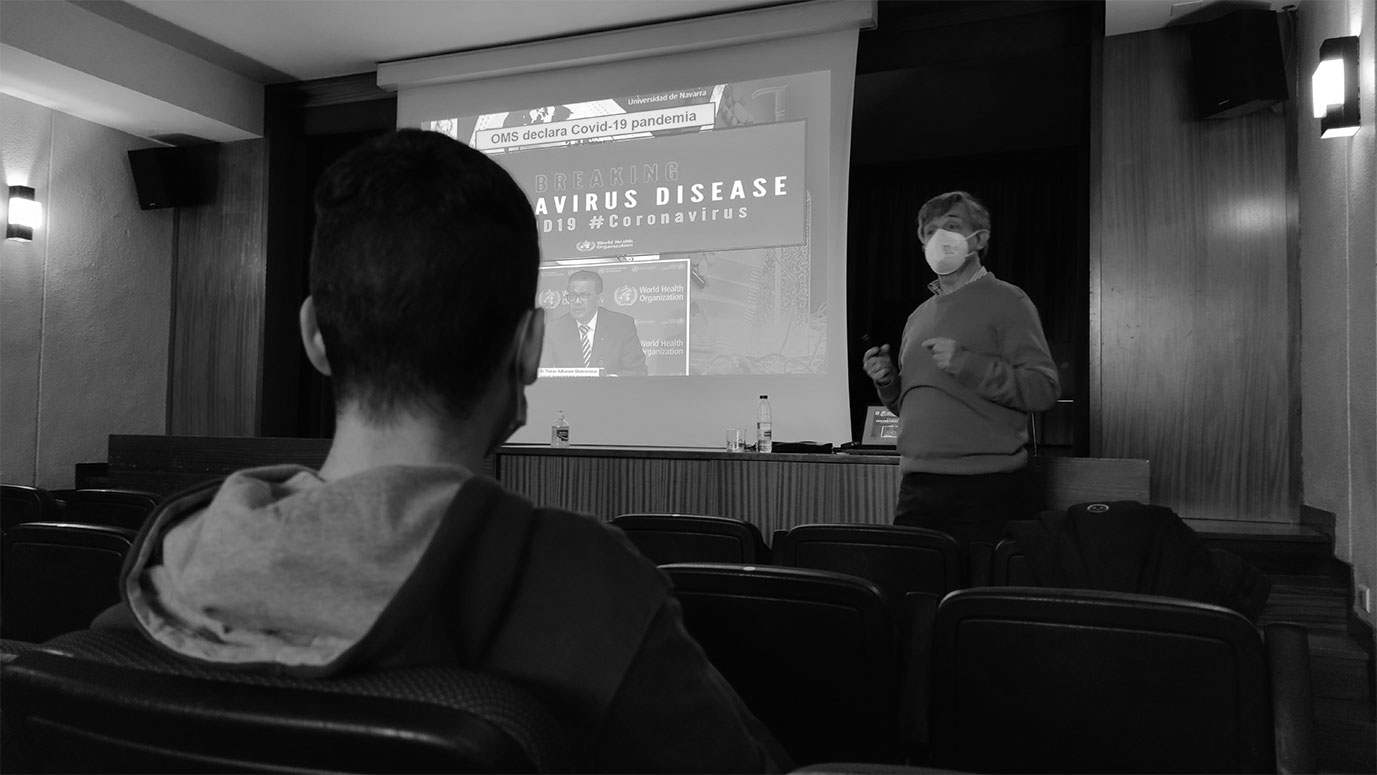 charla de médico sobre el coronavirus