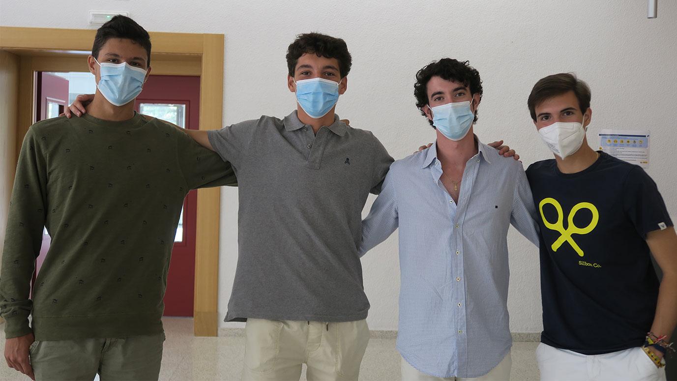 estudiantes de medicina en el colegio mayor larraona en pamplona
